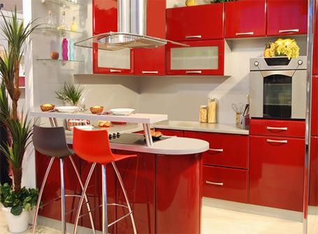Bien choisir les couleurs de sa cuisine homebyme for Cuisine 2 couleurs